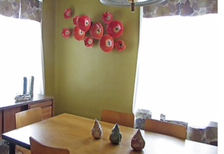 Poppies in dining room